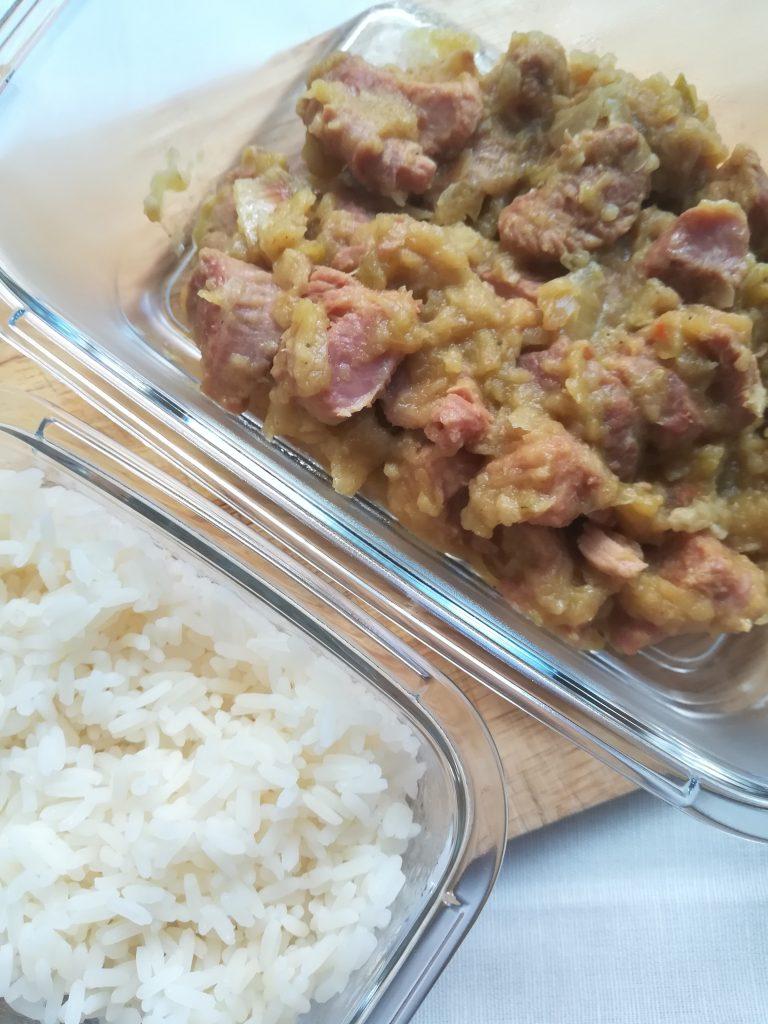 Guiso de pavo con curry y manzana